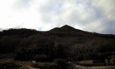 この山見ると帰ってきた気がします。