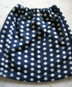 水玉ニットスカート