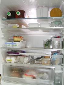 冷蔵庫 後
