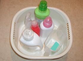 洗濯洗剤洗い桶