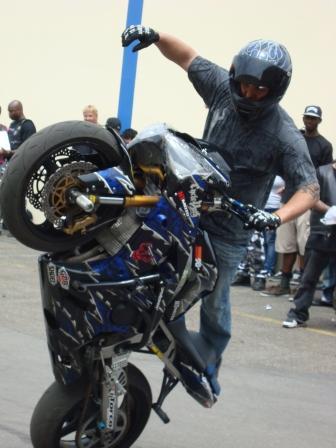 5-7 event stunt rider zx