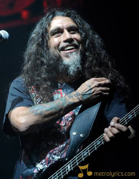 slayer-LAS-VEGAS-OCTOBER-20-Slayer-bassist-singer-Tom-Araya-performs-du-105869627[1]