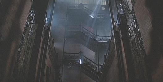 BladeRunner_Bradbury_Interior[1]