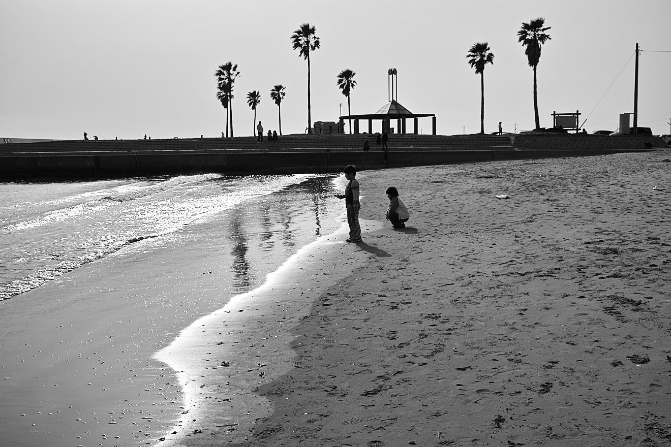 海辺の子供