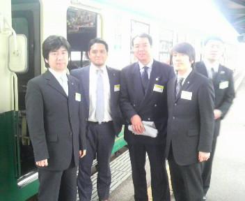 木下県連会長と大村YEGメンバー