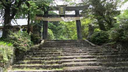 銅の鳥居 3