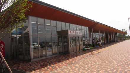 上田 道と川の駅 3