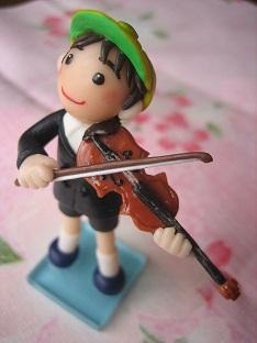 バイオリン人形