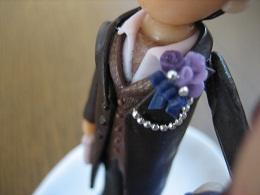 紫ブートニア