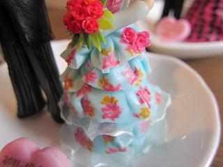 水色花柄ドレス3
