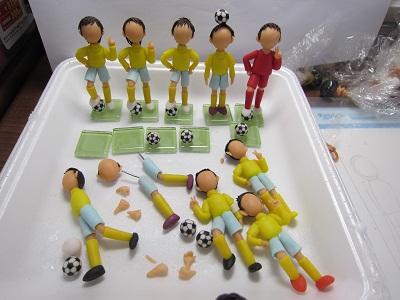 サッカーチーム製作中