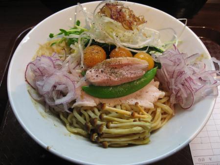 黄金鶏和え麺