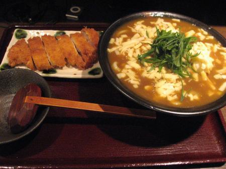カツカレーうどん+チーズ