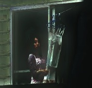 h15由紀子洗濯物干し180