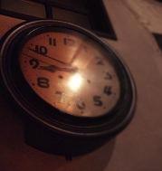 clockpm08h50m179px.jpg