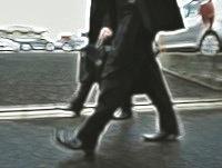 detectiveswalking01.jpg
