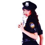 policewoman01x250px.jpg
