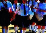 schoolgirls01x.jpg