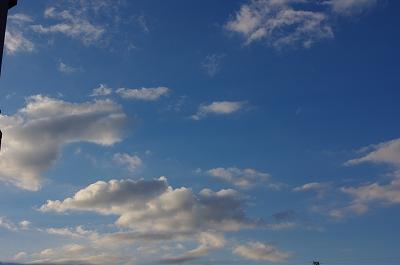 s-1月の空