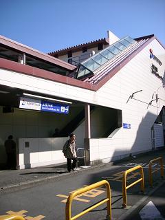 相鉄の上星川駅B