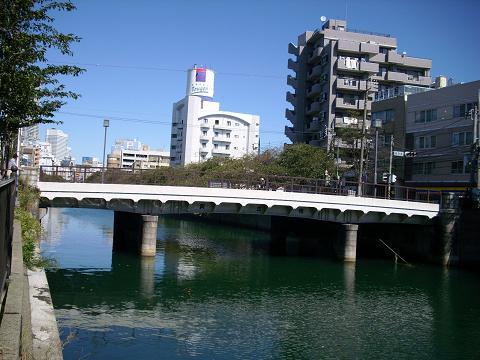 大岡川の黄金橋A
