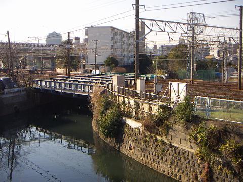 石崎川の相鉄・JRの鉄橋 C