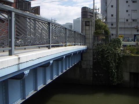 石崎川の高島橋 J