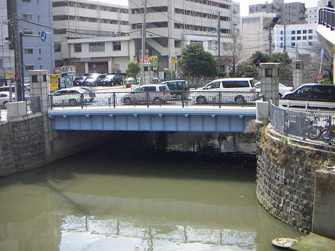 石崎川の高島橋