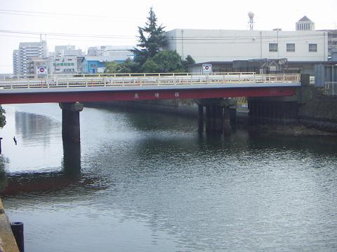 新山下運河の美晴橋 A