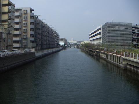 新山下運河の美晴橋 E