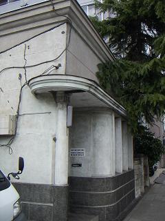 日進町の建物 B