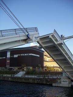 アーバンゲートブリッジ 4
