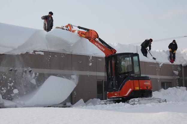20140121技能協会が除雪ボランティア
