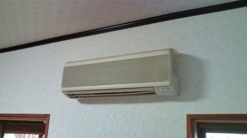 O様邸 エアコン工事 旧エアコン室内機