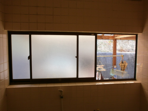 宇部市小野 H様邸 エコ内窓  YKK AP 浴室用プラマードU 取付工事