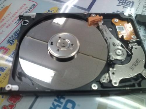 旧パソコン HDD破壊