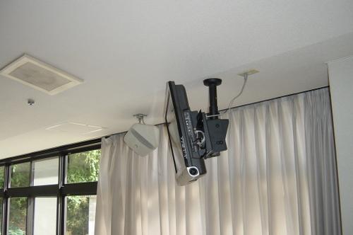 山口市阿知須 N様 天井吊り下げテレビ 取替工事 液晶テレビ LC-32SC1 横