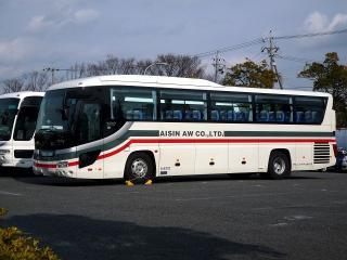 アイシン・エィ・ダブリュの送迎バス