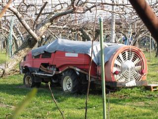 農薬撒布車
