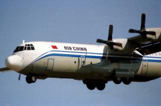 中国国際航空 L-100-30