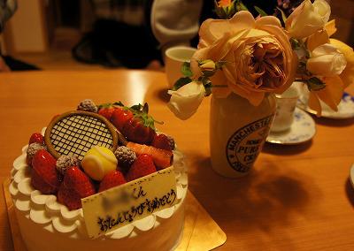 ケーキとバラ♪