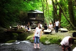 2010.8 小太郎が渕 037
