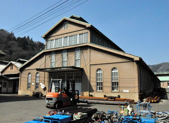 ヤマモトロックマシン工場外観blog