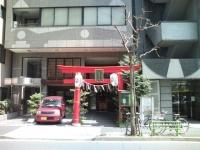 ビルの中に松島神社