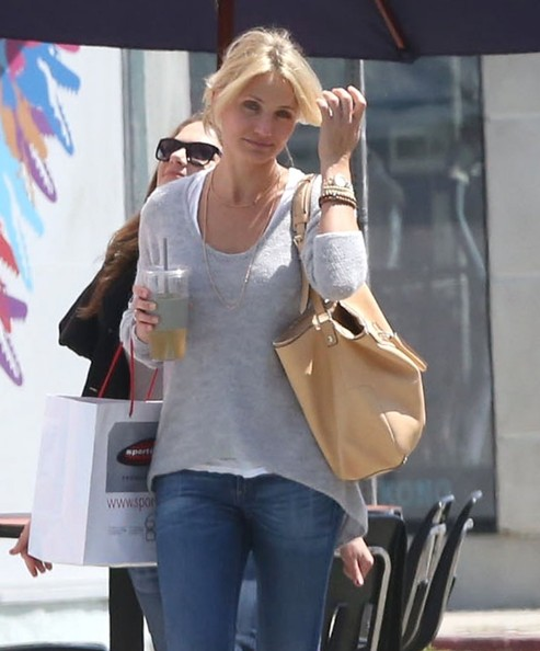 Cameron+Diaz+Out+Shopping+West+Hollywood+IZegm91s3aPl.jpg