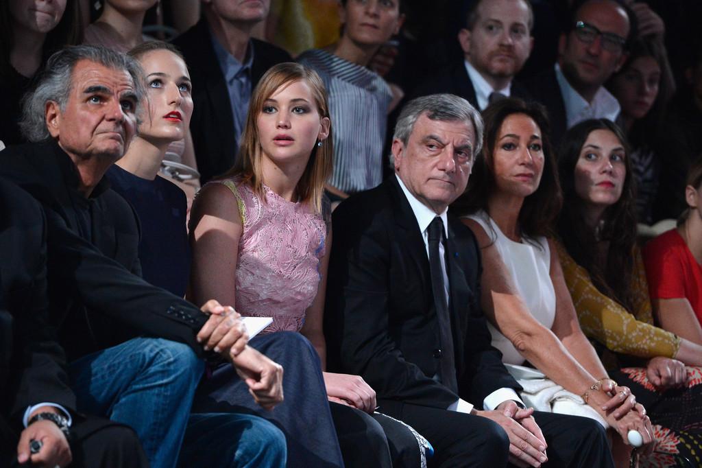 Jennifer+Lawrence+PFW+Front+Row+Christian+-RSKVZRAmUfx.jpg