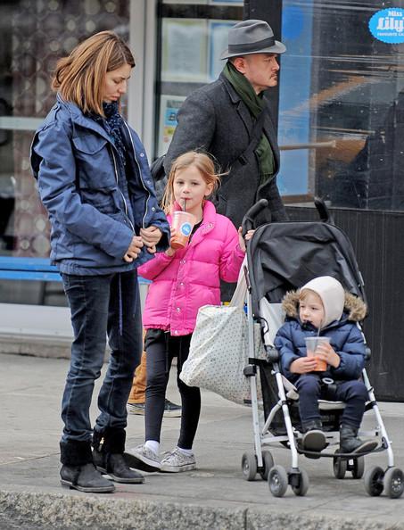 Sofia+Coppola+out+children+Romy+Mars+Cosima+NRK3nIjrbsUl.jpg