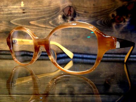 新潟 ush アッシュ 眼鏡 めがね フレーム取扱い