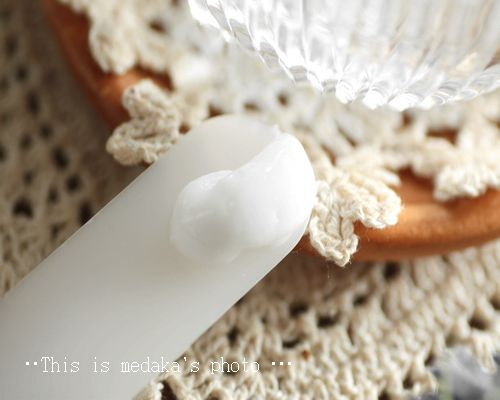 ラグゼア ミネラルシャンプー~ミネラル高配合水で洗浄、ローズの残香漂うヘア