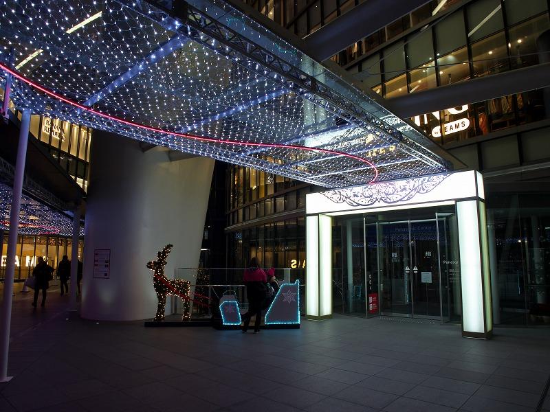 グランフロント大阪のクリスマス・イルミネーション 2013